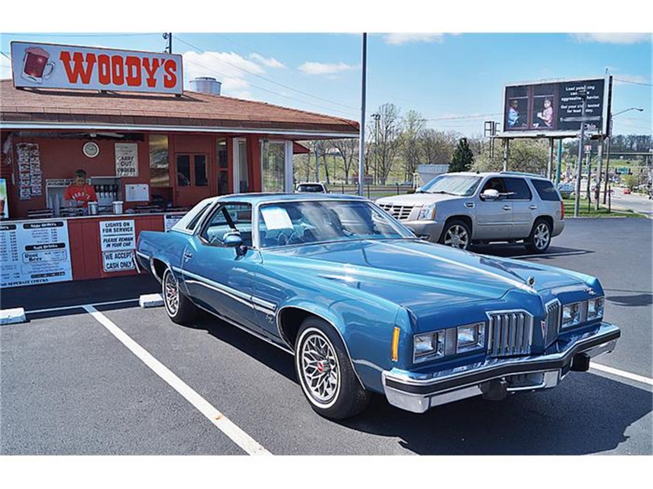 10821-1977-pontiac-grand-prix-std.jpg