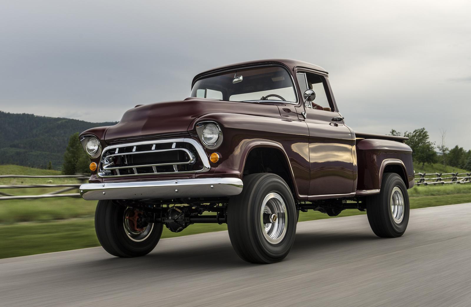 1950s-chevy-napco-4x4-by-legacy-classic-trucks--image-via-drew-phillips_100564685_h.jpg