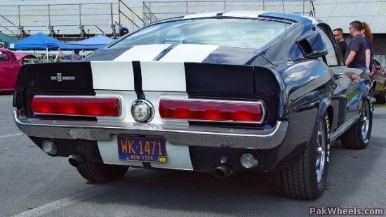1967-shelby-mustang-gt350-black-white-sy_O9N_PakWheelscom_zpsbxr7ngqo.jpg