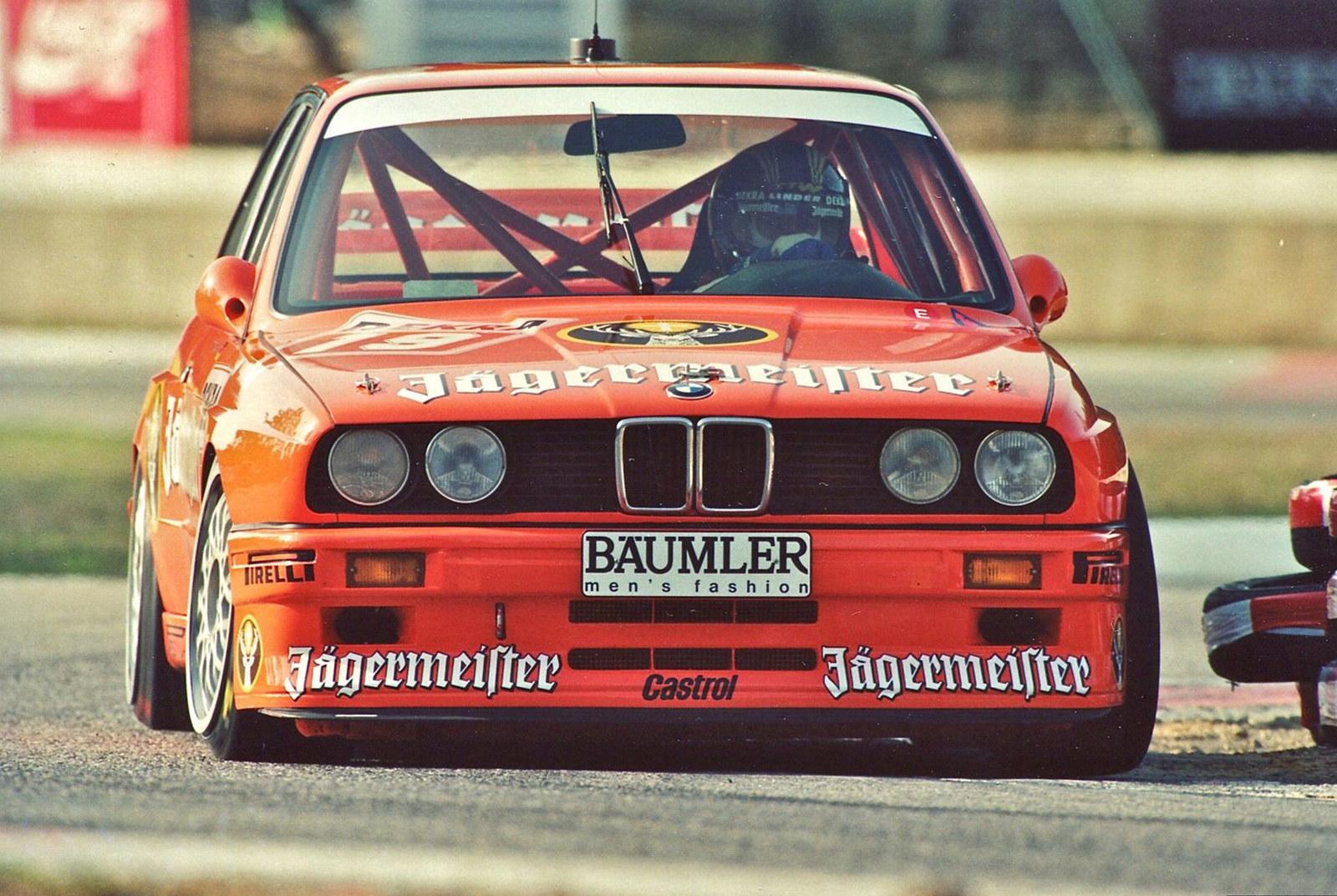1992-Jaegermeister-BMW-M3.jpg
