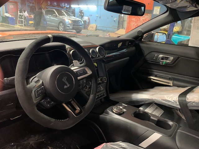 2020 GT500 front seat.jpg