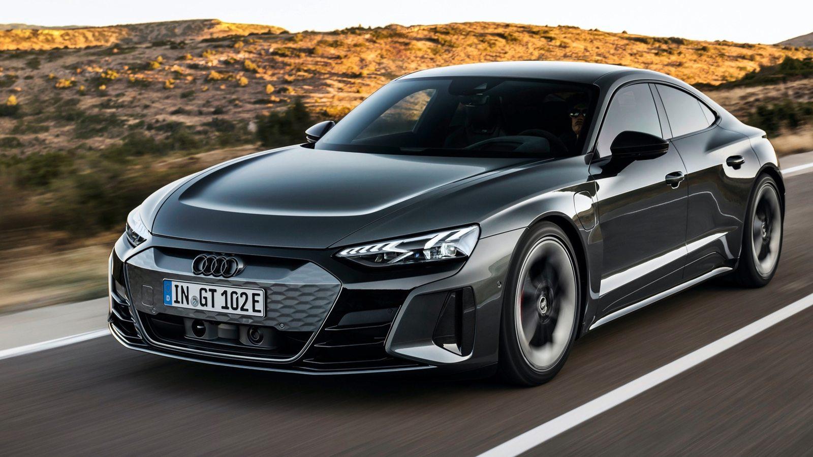 2022_Audi_E-Tron_GT_RS_21.jpg