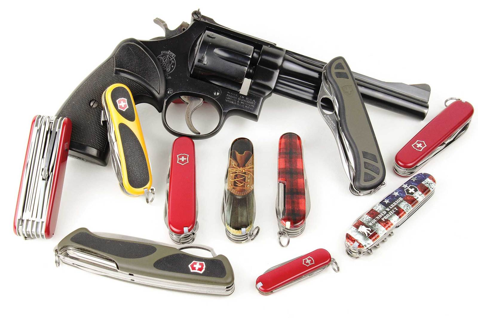 5-surprising-uses-for-the-swiss-army-knife-swiss-army-knife-models.jpg