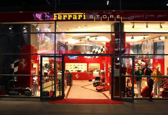 ferrari-shop-ringboulevard-97.jpeg