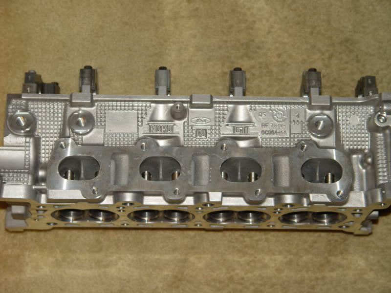 Brand New Pair Of Gt  Ford Gt Supercar Cylinder Heads Bare   Shipping Firm Please Pm Me If Interested Thanks