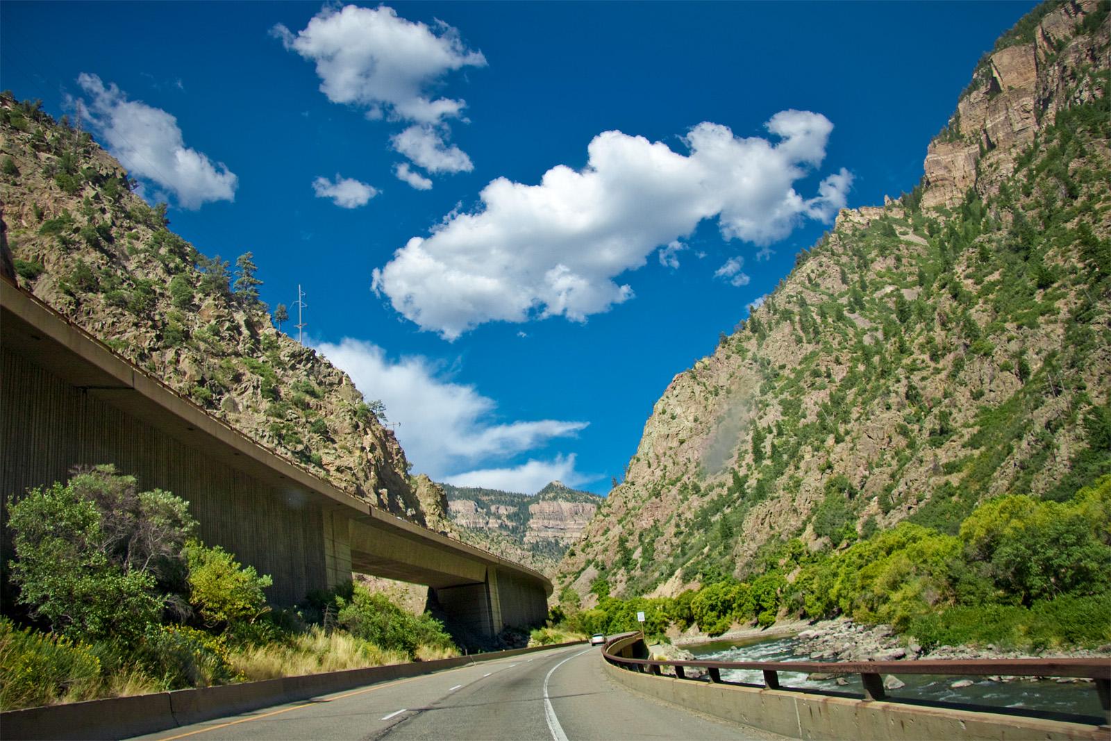I-70_Glenwood_Canyon-terabass.jpg