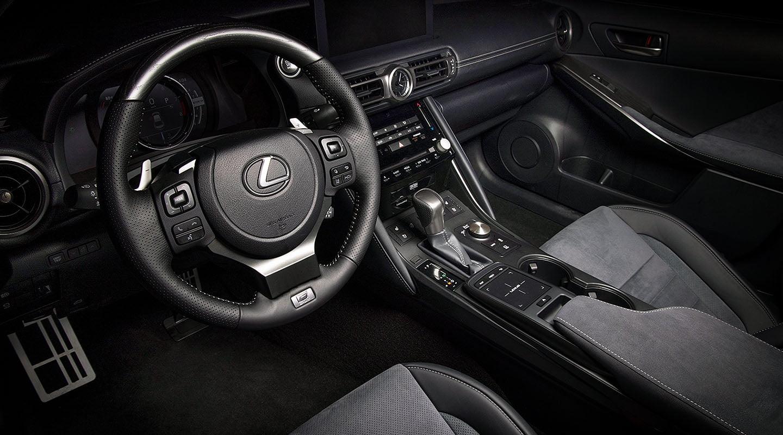 Lexus-IS500-LE-desktop-1440x800-LEX-ISG-MY22-0072%202_M85.jpg