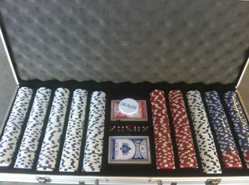 PokerCase2_zps556c7f18.jpg