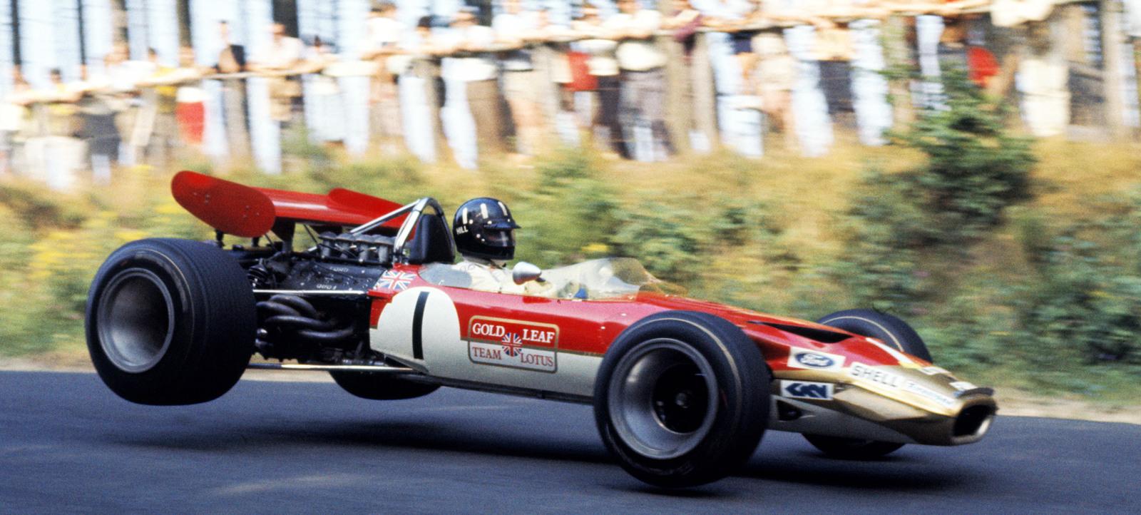 Racing-Liveries-Gear-Patrol-Lead-1440.jpg