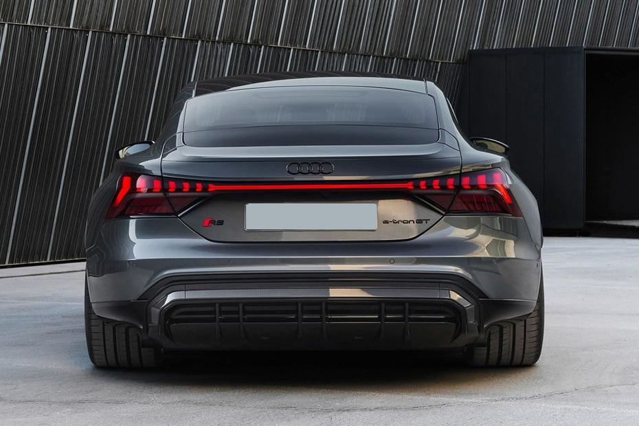 rear-back-1013961823_930x620.jpg