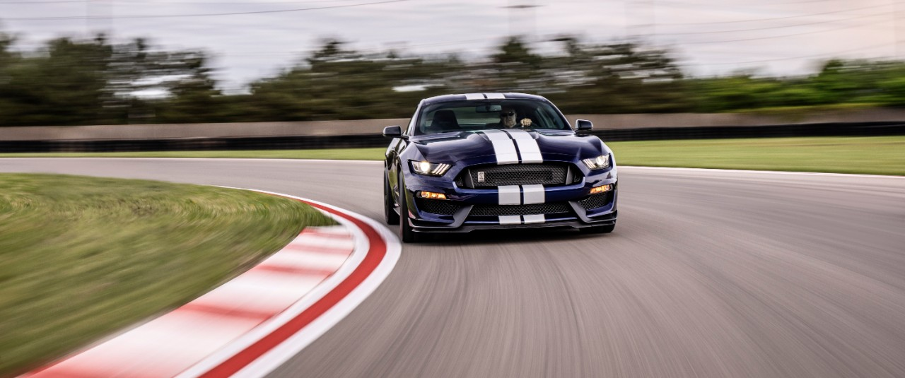ShelbyGT350_04_HR.jpeg