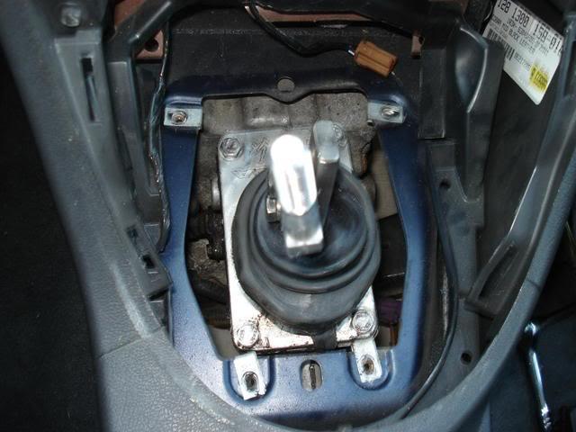 shiftergasketinstall012.jpg