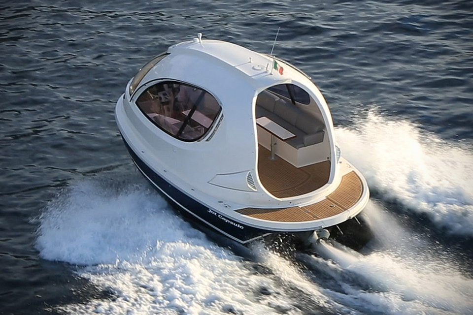 Water-Jet-Capsule-by-Pierpaolo-Lazzarini-image-2.jpg